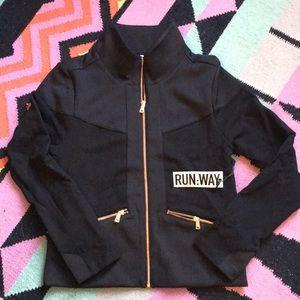 Carbon 38 run:way black jacket Eliza